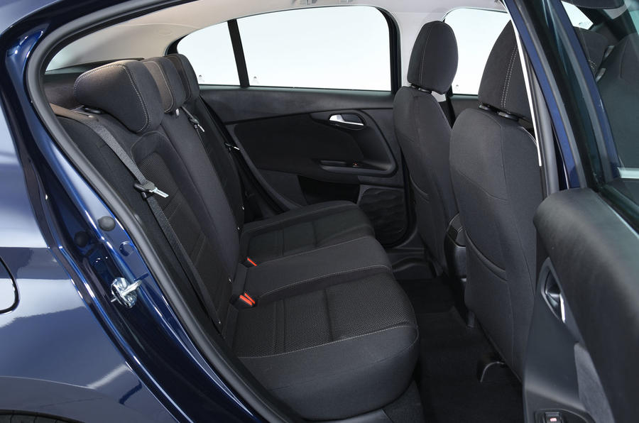 Fiat Tipo Rear Seats on Fiat Spider