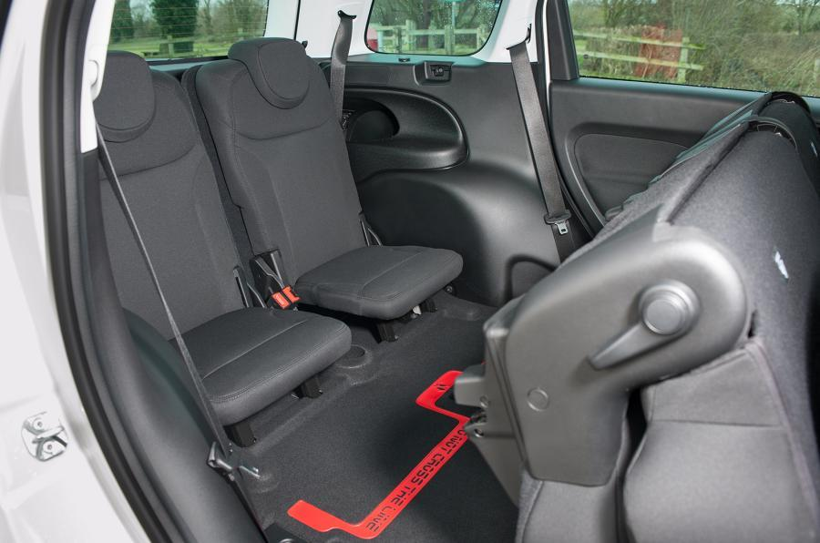 Fiat 500L MPW third-row seats