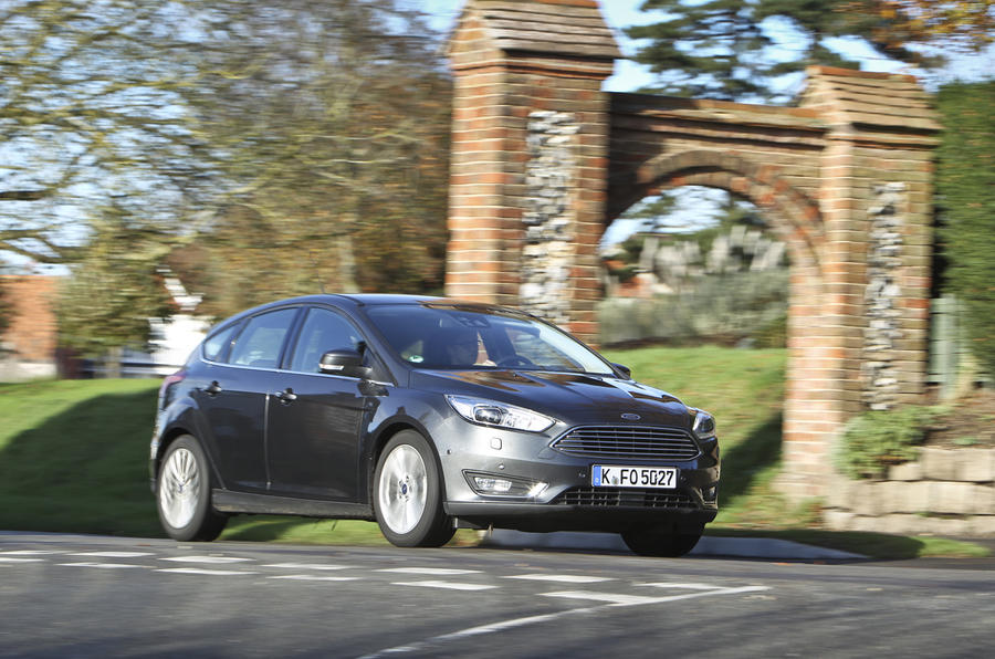 Comparison: Ford Focus versus Volkswagen Golf