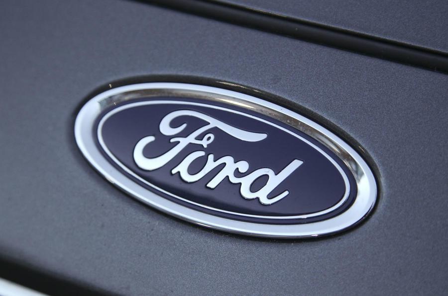 Comparison: Ford Focus versus Volkswagen Golf