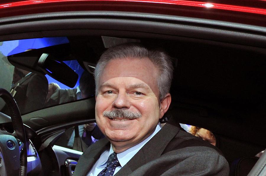 Two senior Ford chiefs retire
