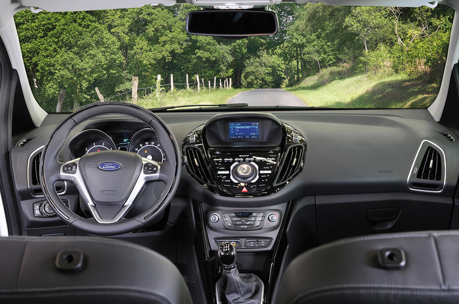 Ford B-Max dashboard