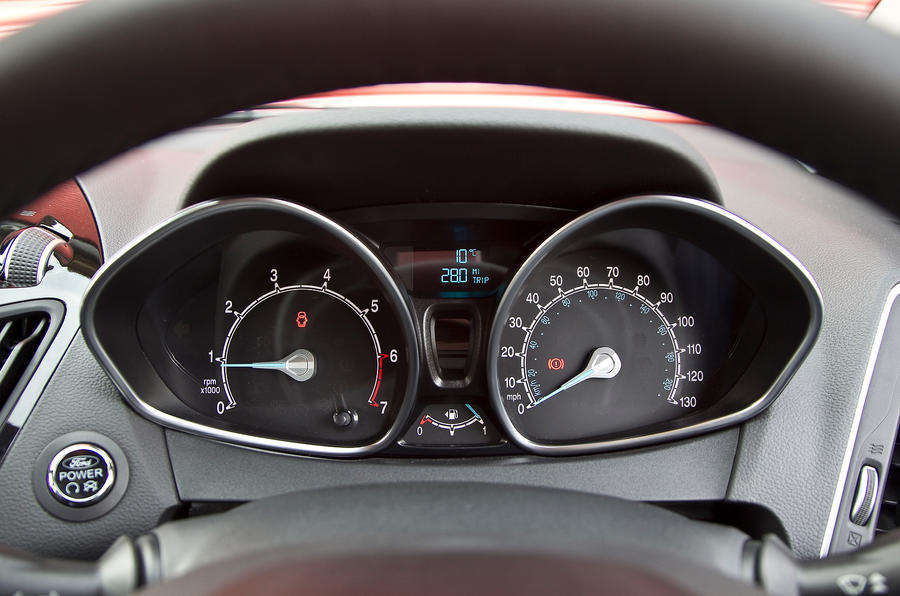 Ford B-Max instrument cluster