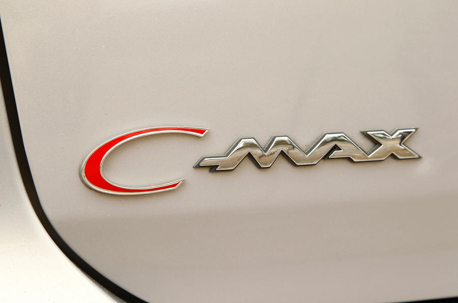 Ford C-Max badging