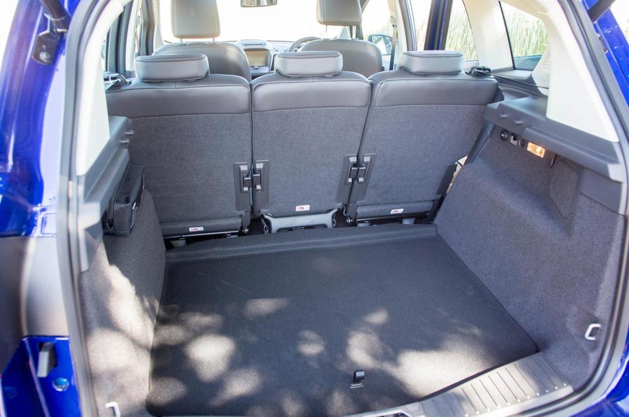 Ford C-Max boot space