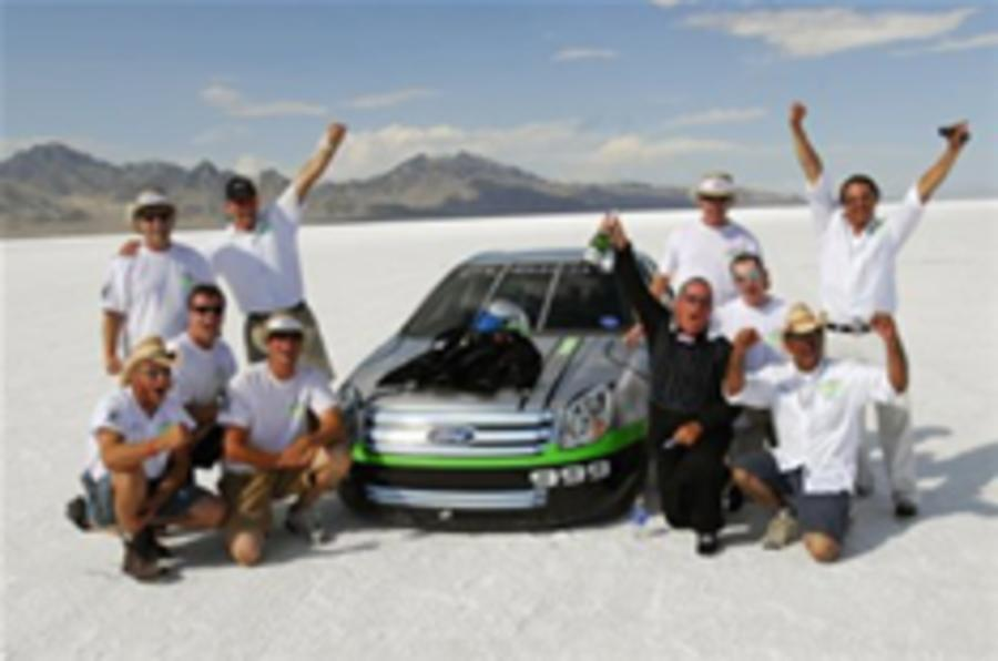 Ford speeds to hydrogen record