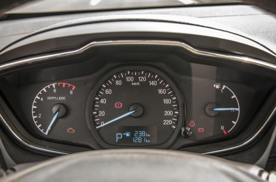 Ford Escort instrument cluster