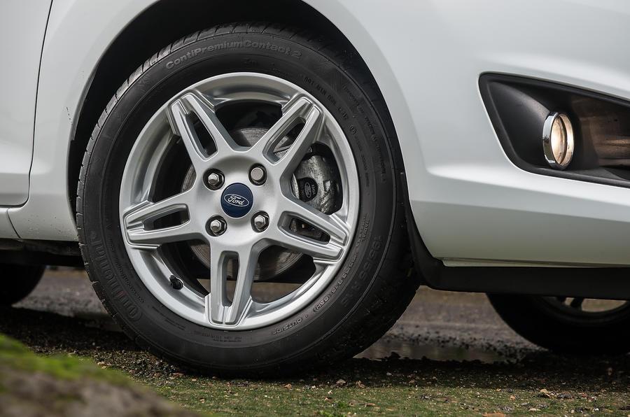 Ford Fiesta 15in alloy wheels