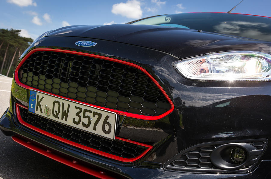 Ford Fiesta Black front grille
