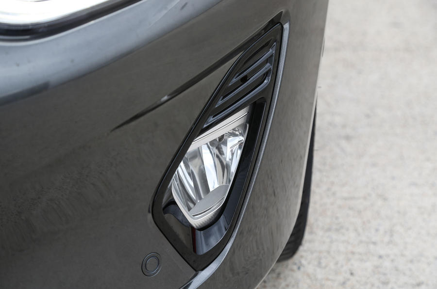 Ford Fiesta foglight