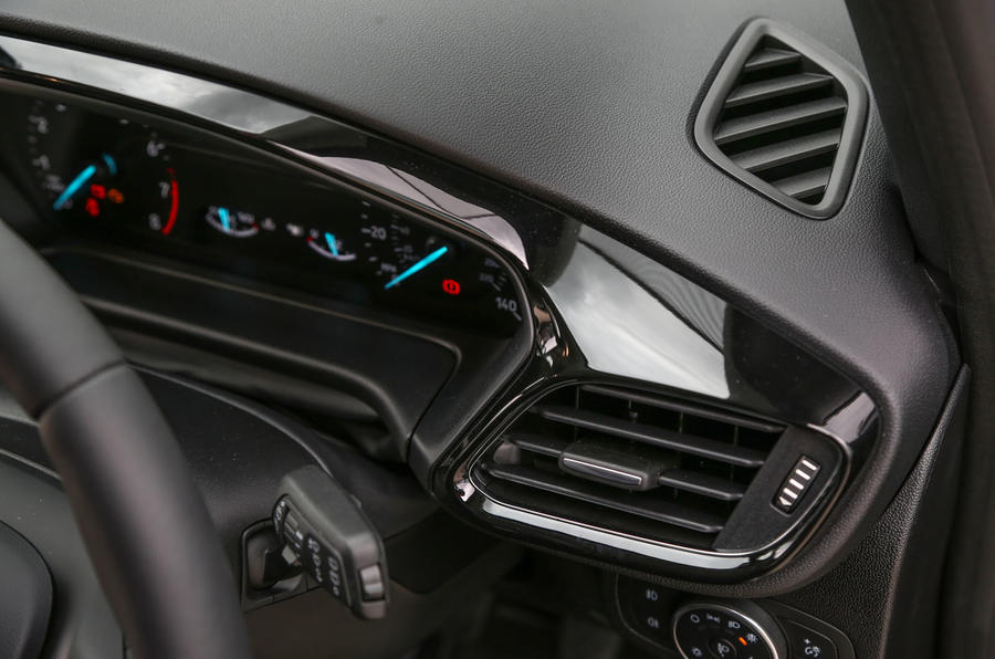 Ford Fiesta gloss black interior trim