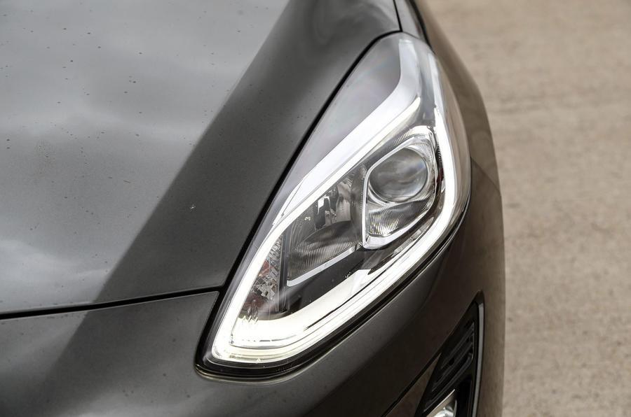 Ford Fiesta headlights