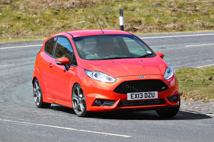 Ford Fiesta ST hard cornering