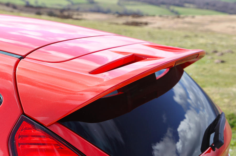 Ford Fiesta ST roof spoiler