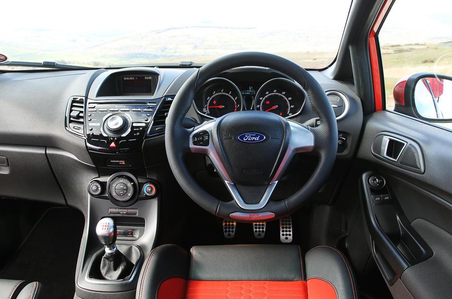 Elegant Ford Fiesta ST Dashboard