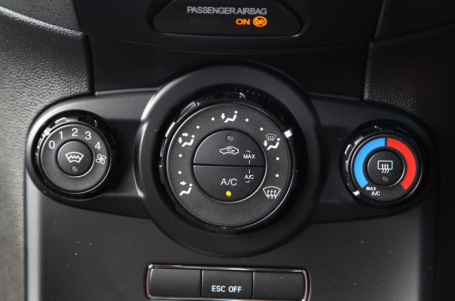 Ford Fiesta ST climate controls