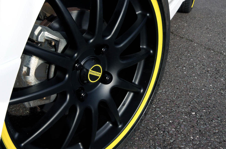 Zetec S Mountune black and yellow alloys