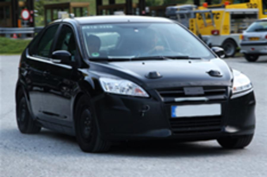 Next Ford Focus spied testing