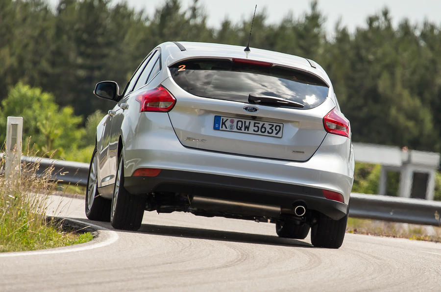 Ford Focus facelift - development ride