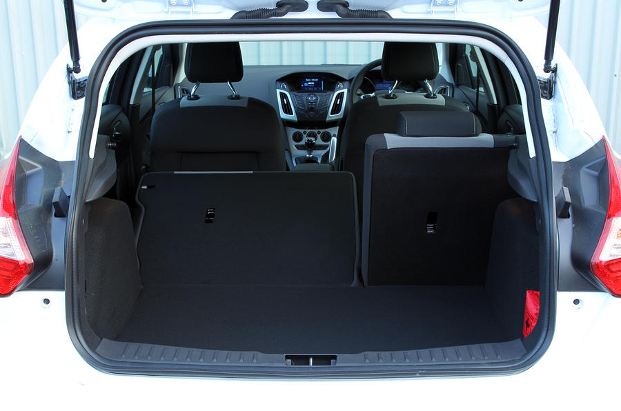 Ford Focus boot space