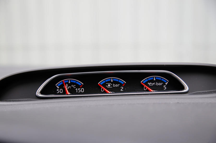 Ford Focus RS power gauges