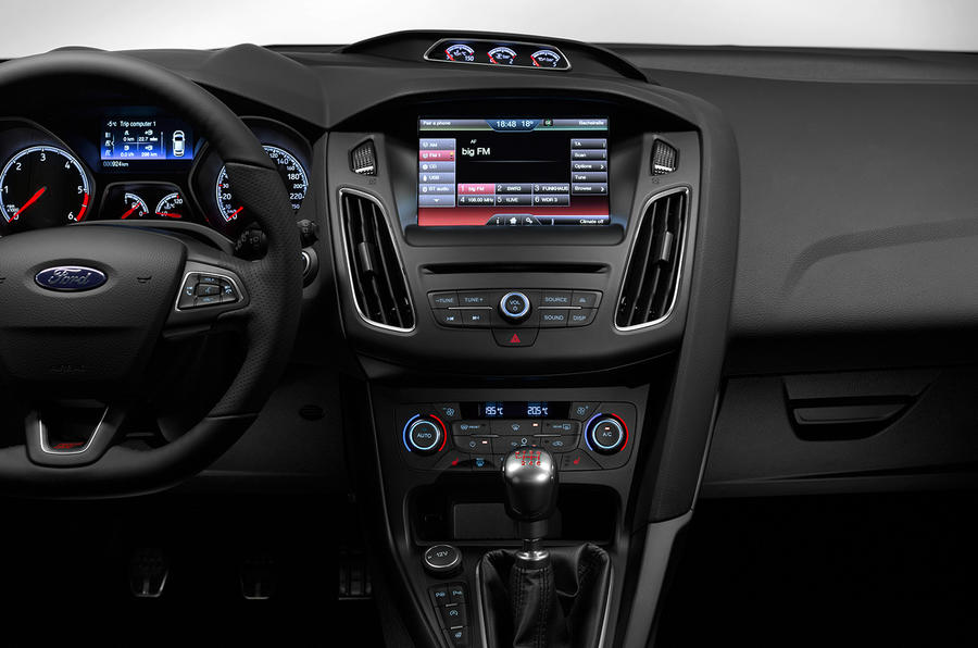 Ford Focus ST centre console