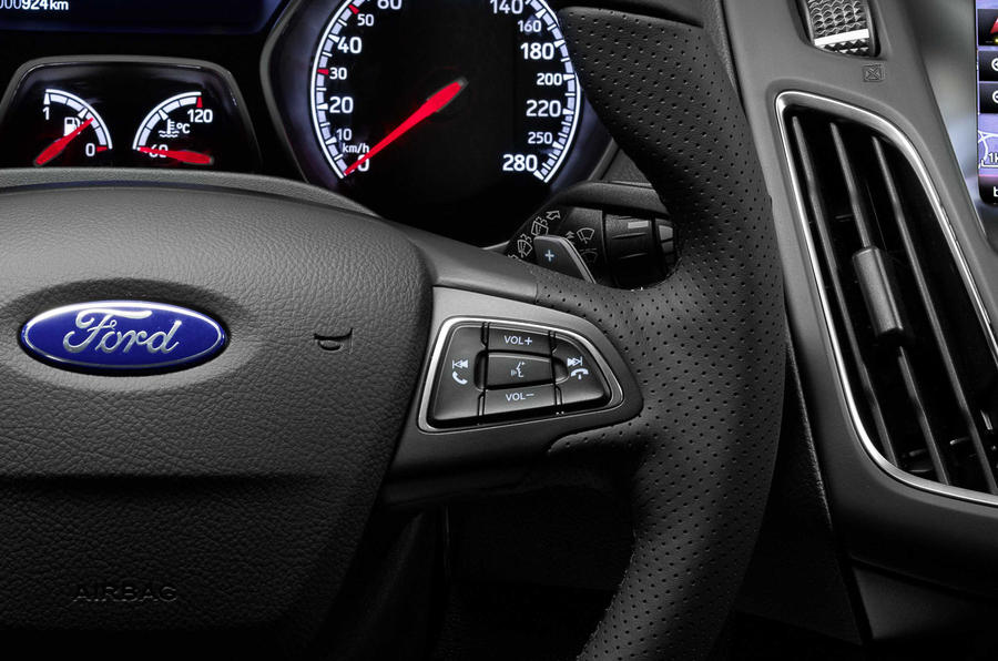 ... Ford Focus ST Paddle Shifters ...