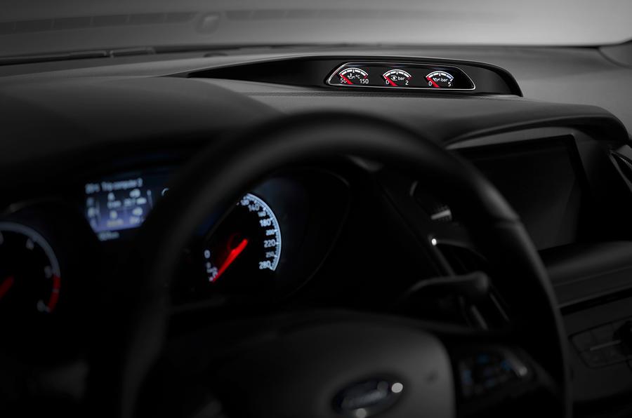 Ford Focus ST turbo gauges