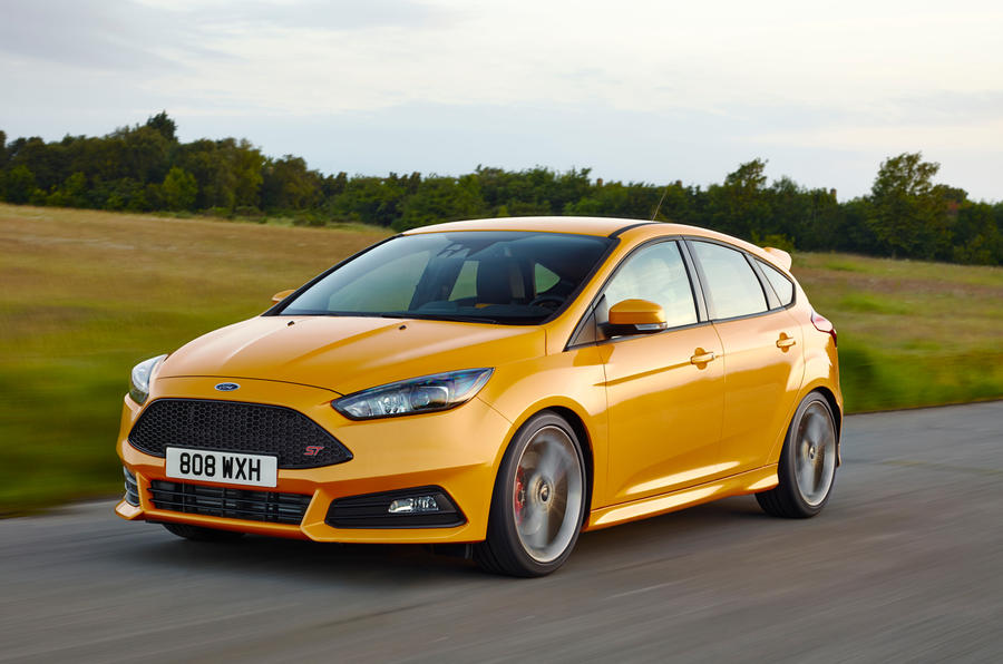 Ford Focus ST ...