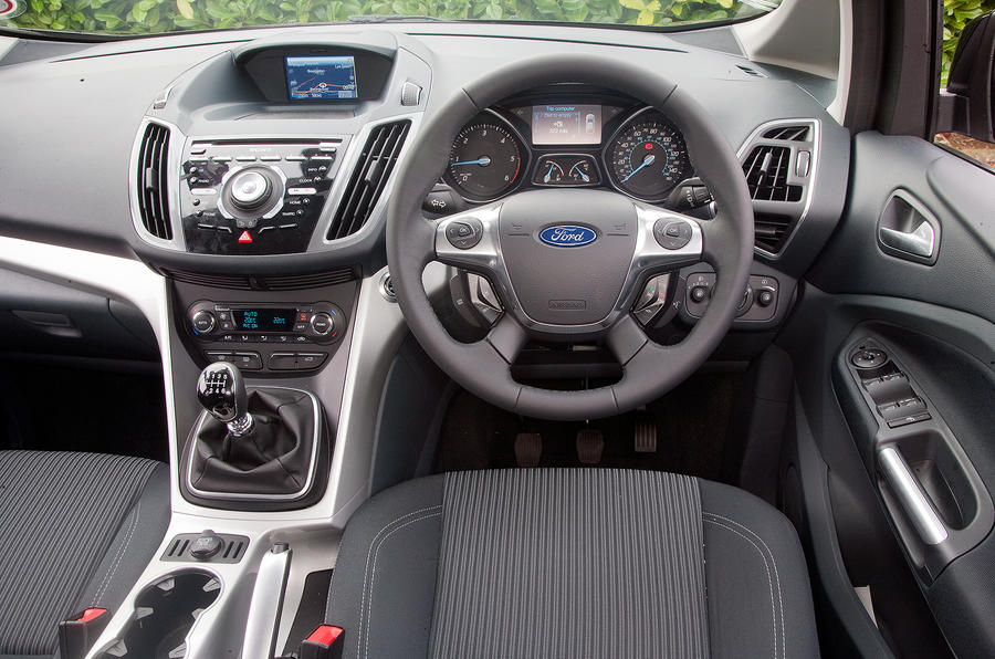 Ford Grand C-Max dashboard
