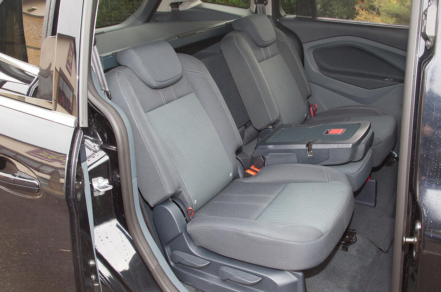 Ford Grand C-Max middle-row seats