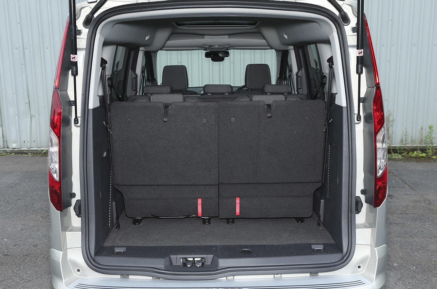Grand Tourneo Connect boot space