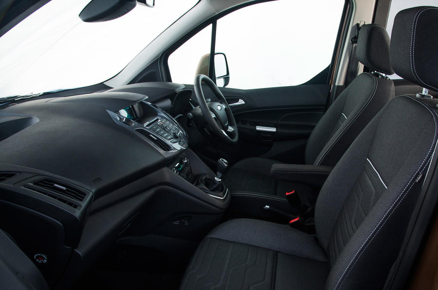 Ford Grand Tourneo Connect interior