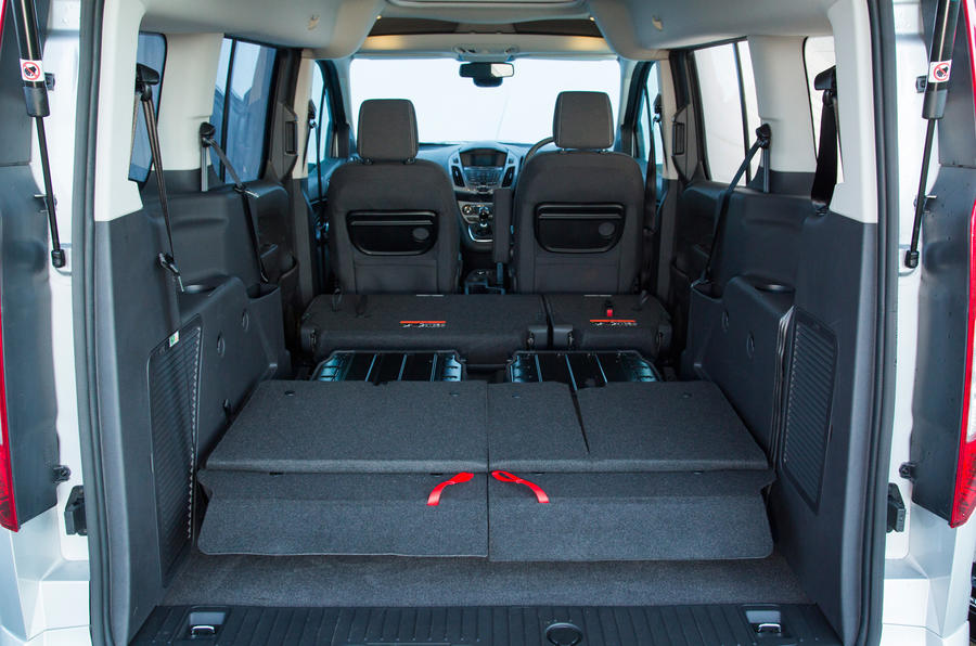 Ford Grand Tourneo Connect seating flexibility