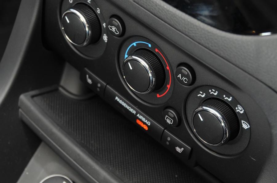 Ford Ka+ centre console
