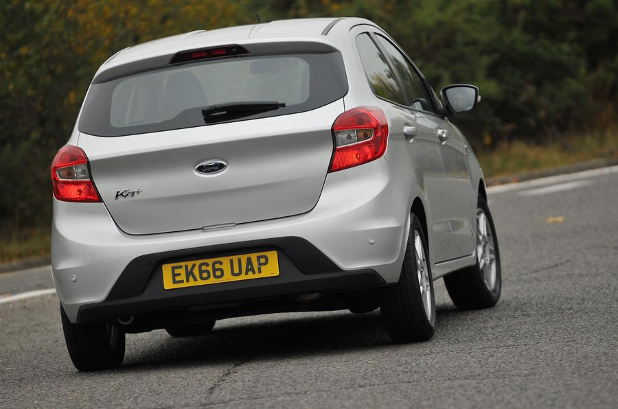 Ford Ka+ rear cornering