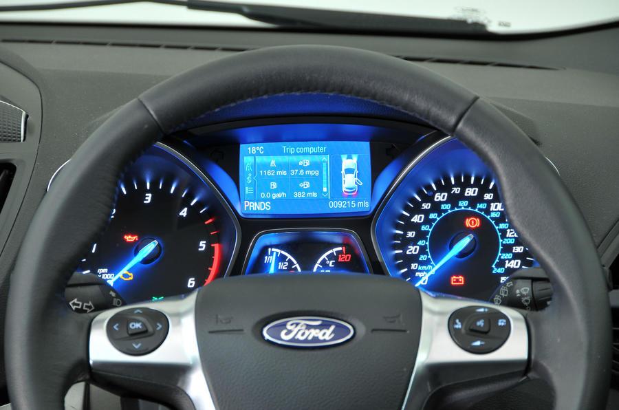 Ford Kuga instrument cluster