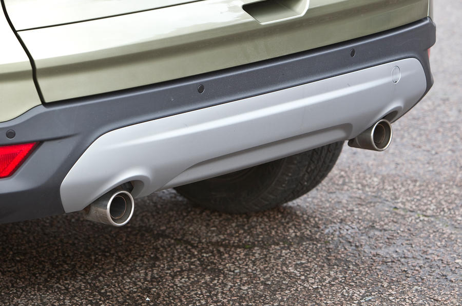 Ford Kuga dual exhaust system
