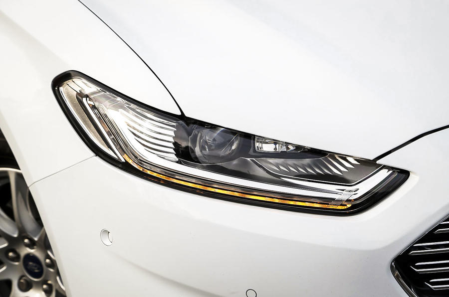 Ford Mondeo dynamic LEDs