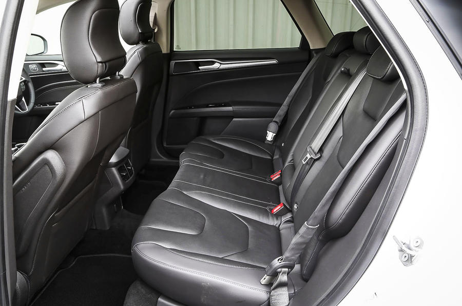 Ford Mondeo rear seats