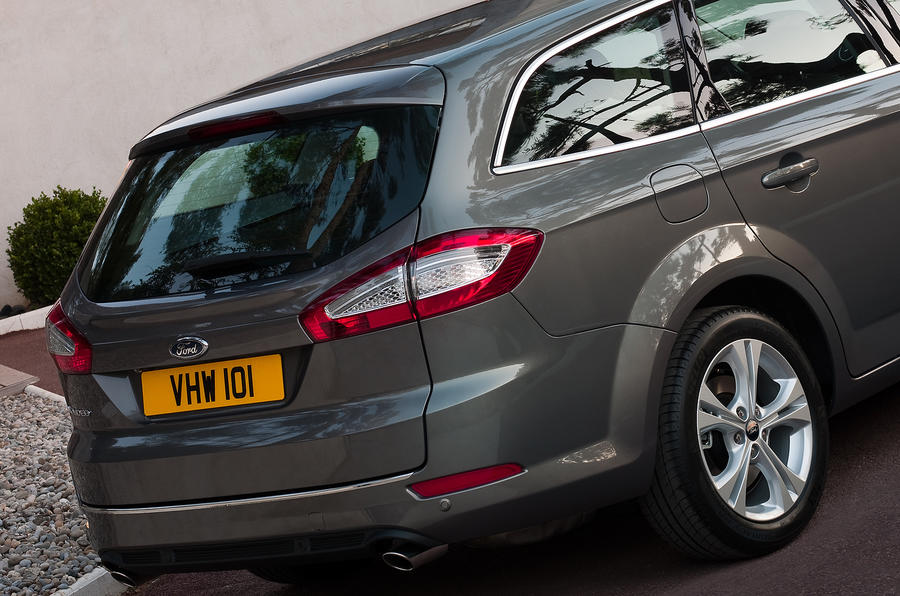 Ford Mondeo Estate rear