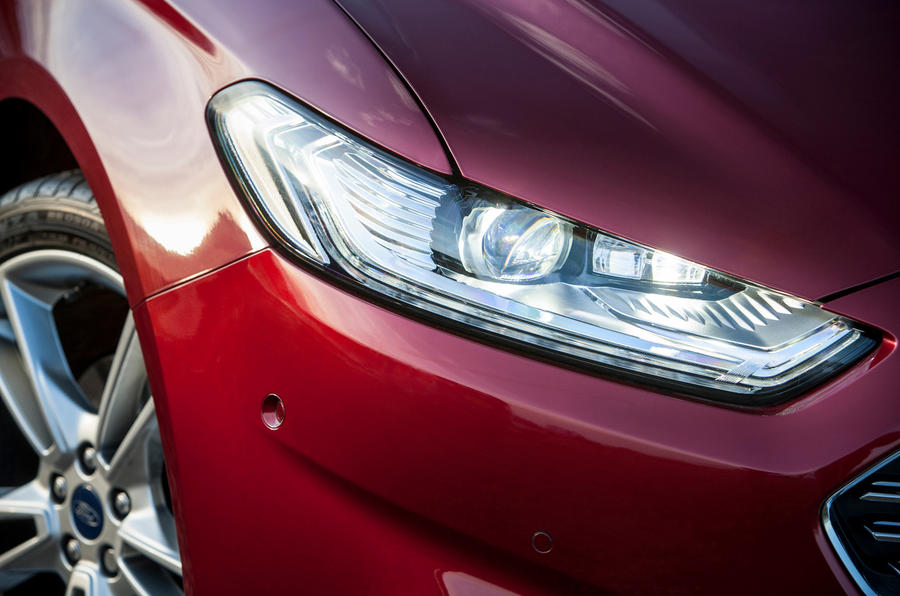 Ford Mondeo's LED lights