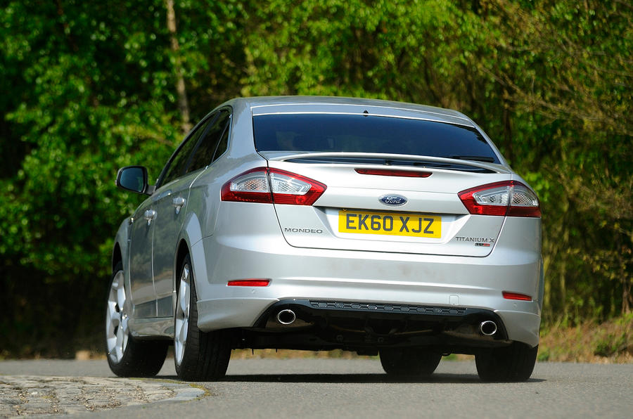 Ford Mondeo rear cornering
