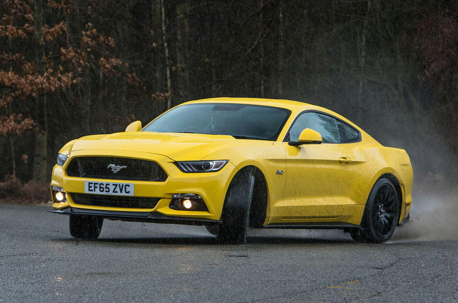 Ford Mustang hard cornering