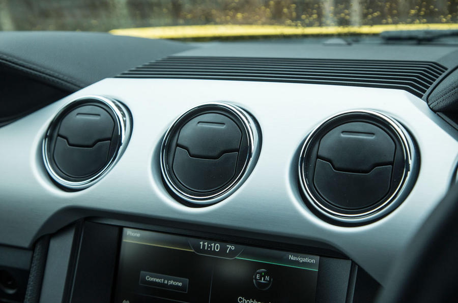 Ford Mustang air vents