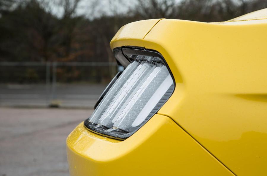 Ford Mustang Fastback rear spoiler