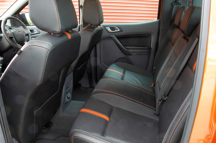 ... Ford Ranger Rear Seats ...