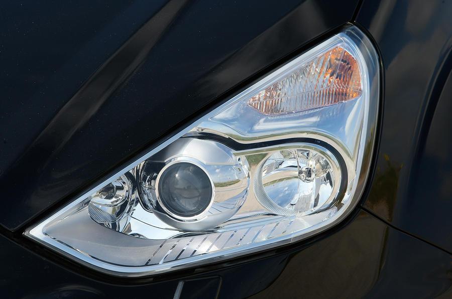 Ford S-Max xenon headlights