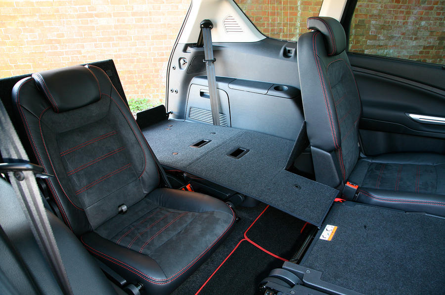 Ford S-Max third row seats