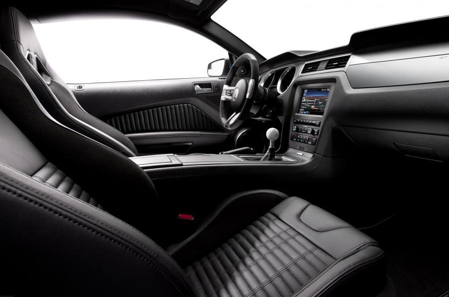 Ford Mustang Shelby GT500 interior